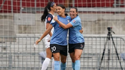 Kerr inspires Red Stars past Courage