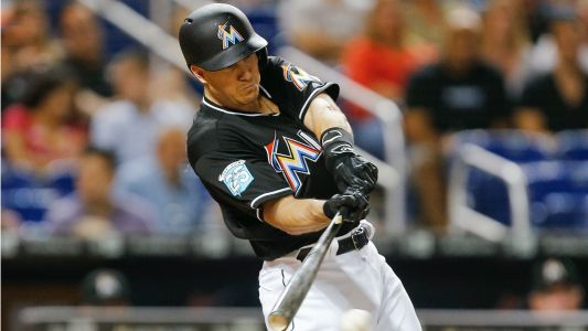 MLB trade rumors: Astros rejoin trade sweepstakes for Marlins' J.T. Realmuto