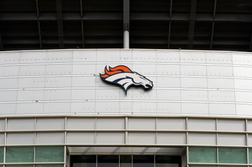 Broncos cancel practice after positive COVID-19 tests