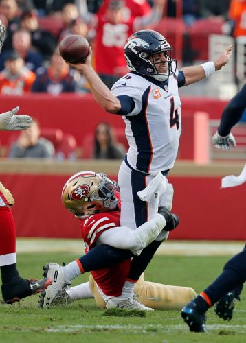Broncos coach wants QB Case Keenum to take more chances