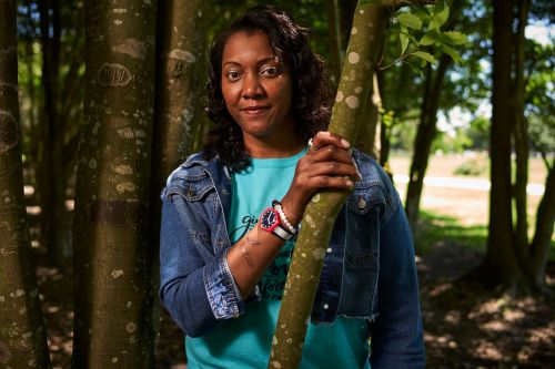 Olympian Danielle Scott was stabbed while trying to save her sister's life. Now, she fights to find her way forward