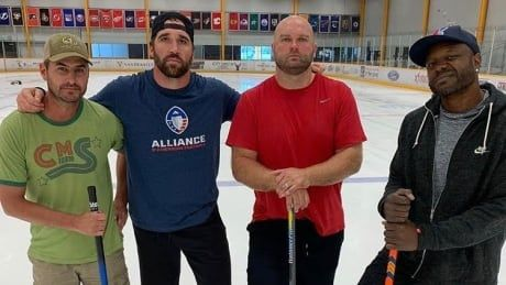 Former NFLers turned curlers take shot at Olympic rings