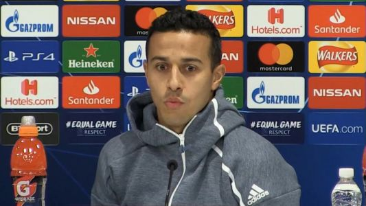 Liverpool play 'awesome football' - Alcantara