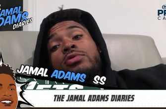 Jets safety Jamal Adams tips his cap to the Vikings