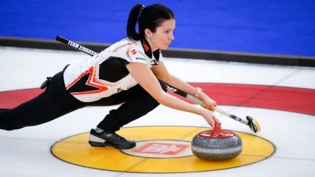 Einarson among 2 previously perfect rinks to fall at Players' Championship