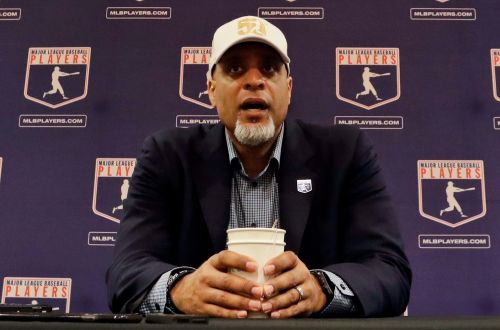 MLB union: Players ready to report, but not with salary cuts