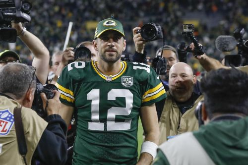 Aaron Rodgers is ignoring the warnings