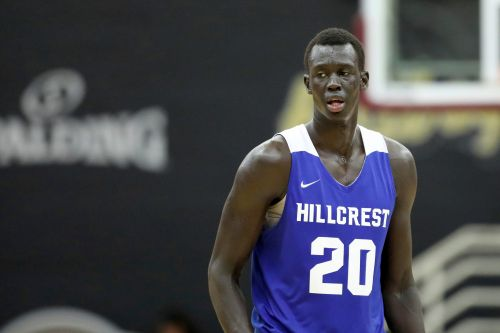 Opinion: Star basketball recruit Makur Maker choosing Howard is admirable. But it will take many others to lift HBCU basketball