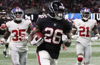 Falcons hold on to beat Giants 23-20