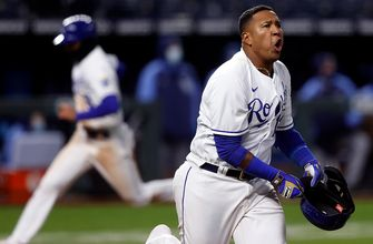 Salvador Perez helps Royals come from behind to walk off vs. Rays, 9-8