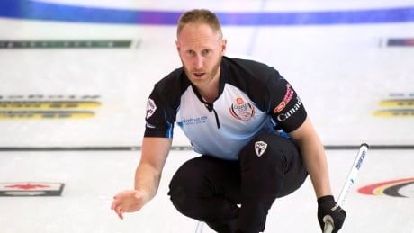 Brad Jacobs wins in extra end to stay unbeaten at the National