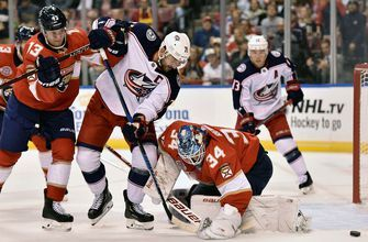 Panthers give up late goal, Blue Jackets spoil home opener 5-4