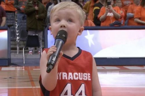Watch: 3-year-old sings national anthem at Syracuse game