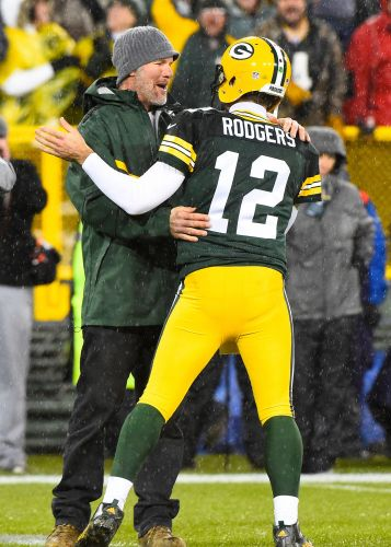 Brett Favre: Despite Aaron Rodgers' comments, 'no way' Packers would risk losing QB