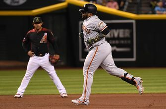 Pablo Sandoval ropes a home run to add to Giants lead over Diamondbacks