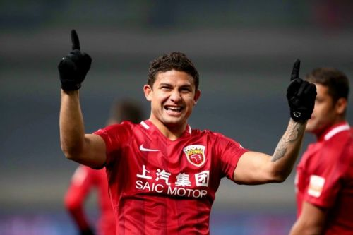 Brazil-born history-maker vows to take China to World Cup