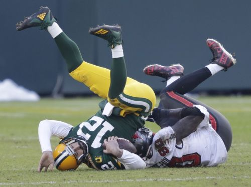 Disputed pass interference, not going on fourth down key plays in Packers NFC title game loss to Bucs
