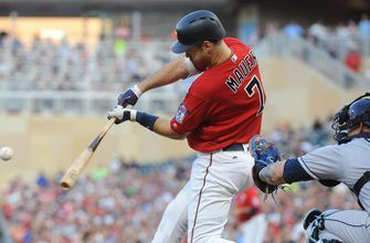 Mauer powers Twins to 11-8 win over Rays