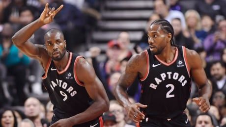 Leonard, Lowry keep perfect Raptors rolling