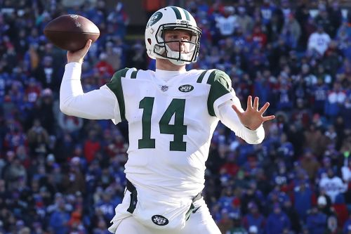 Sam Darnold and gutsy call help Jets pull off dramatic thriller