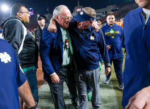 How an expanded College Football Playoff would benefit Notre Dame