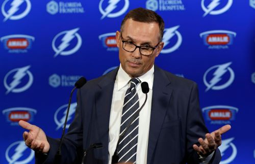 Steve Yzerman is perfect for Detroit Red Wings, but give Ken Holland credit