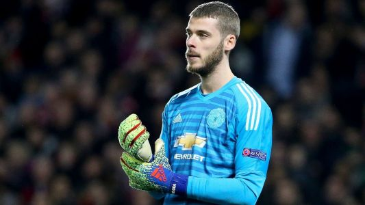 Agent demands delaying £90m De Gea deal at Man United - sources