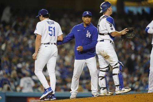 Dodgers switch starting pitcher for deciding Game 5