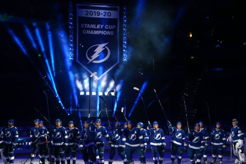 Tampa Bay Lightning will wait to raise Stanley Cup banner until fans can be at arena