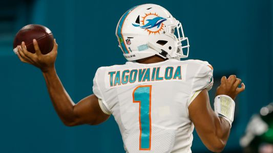 Why did the Dolphins bench Tua Tagovailoa? Brian Flores explains late switch to Ryan Fitzpatrick
