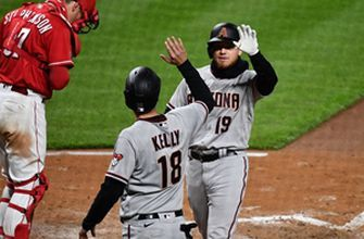 D'Backs three-run homer in ninth, outburst in 10th power them to 8-5 win over Reds