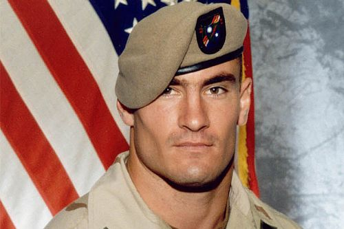 NFL star-turned-war hero Pat Tillman epitomizes Memorial Day