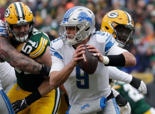 His wife home after brain surgery, Matthew Stafford back with Detroit Lions