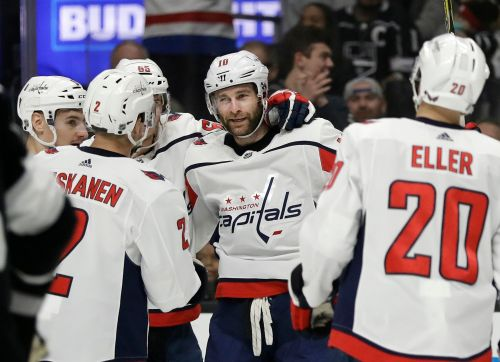 Ovechkin scores a pair as Capitals edge Kings 3-2