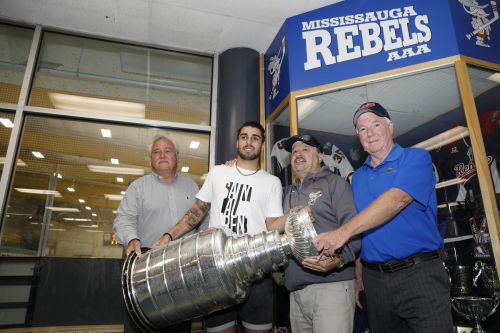 St. Louis Blues centre Robby Fabbri brings Stanley Cup home to Mississauga
