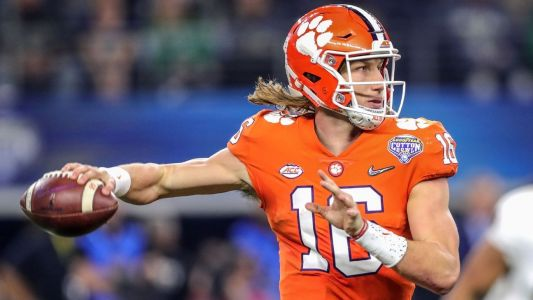 Lawrence leads Clemson to top of QB Future Power Rankings