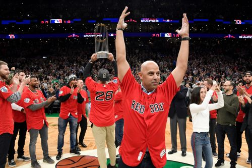 Alex Cora to Yankees, MLB: Red Sox will be better this year