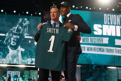 DeVonta Smith 'shocked' by Eagles daring trade that crushed Giants