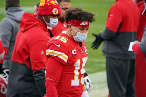 Chiefs' Patrick Mahomes out of concussion protocol, clearing way for him to face Bills in AFC Championship