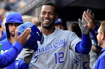 Royals get a pair of home runs in win over the Yankees