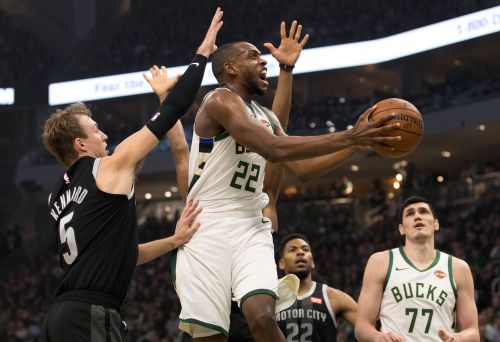 Eric Bledsoe keys rout as Bucks take 2-0 lead over Pistons in NBA playoffs