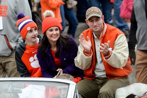Opinion: If Dabo Swinney ever leaves Clemson, he should go to NFL, not Alabama