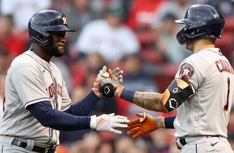 Yordan Alvarez hits opposite-field home run, gives Astros 1-0 lead over Red Sox