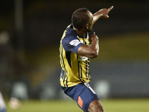 Usain Bolt scores two goals in his first professional soccer game, strikes trademark lightning pose
