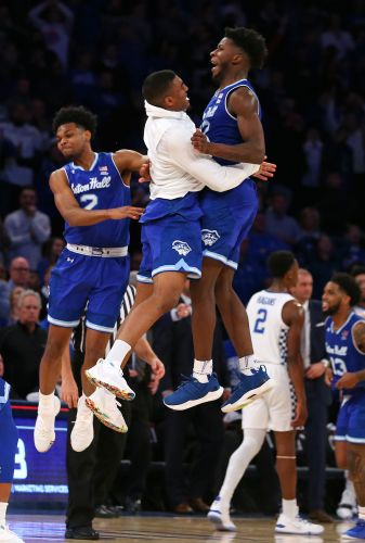Back-to-back buzzer-beaters highlight Seton Hall's thrilling upset of No. 8 Kentucky