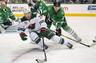 Wild re-sign defenseman Brad Hunt