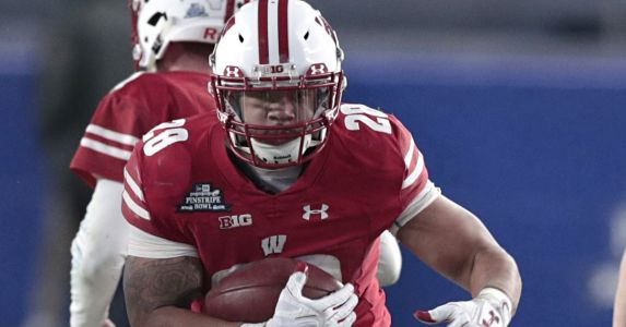 Badgers at the NFLPA Collegiate Bowl, East-West Shrine Game
