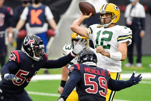 Packers, Steelers led way for sportsbooks' painful NFL Sunday