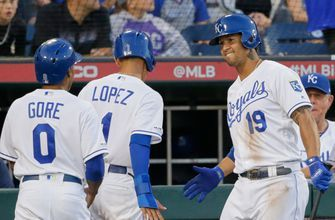 Lopez's first MLB homer helps lift Royals to 7-3 win over Tigers in Omaha