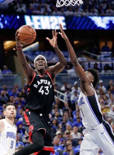 Pascal Siakam picks up the slack to guide Raptors past Magic for 2-1 lead